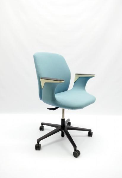 Gebrauchter VITRA Worknest Bürodrehstuhl - Stoff himmelblau