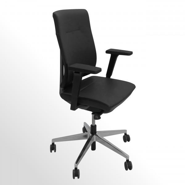 Hochwertiger Bürodrehstuhl mit Lederbezug